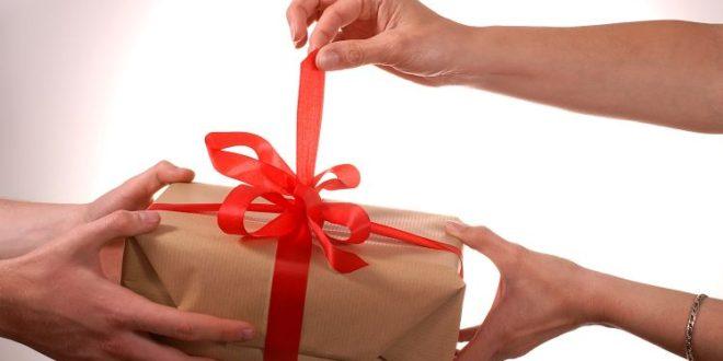 Почему нельзя дарить подарки заранее