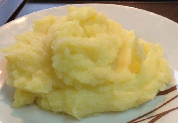 Сырный крем суп с картофельным пюре