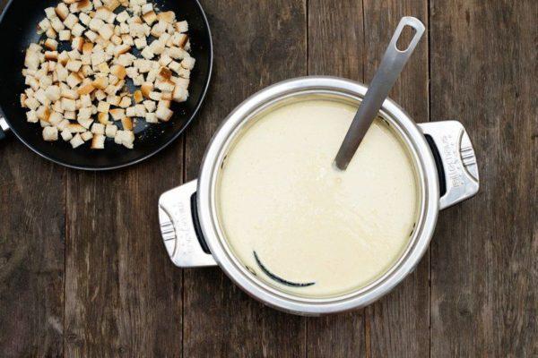 Сырный крем суп со сливками