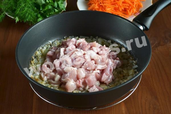 Плов с курицей на сковороде: рецепт быстрый