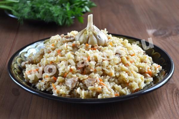 Плов с курицей на сковороде: рецепт с фото